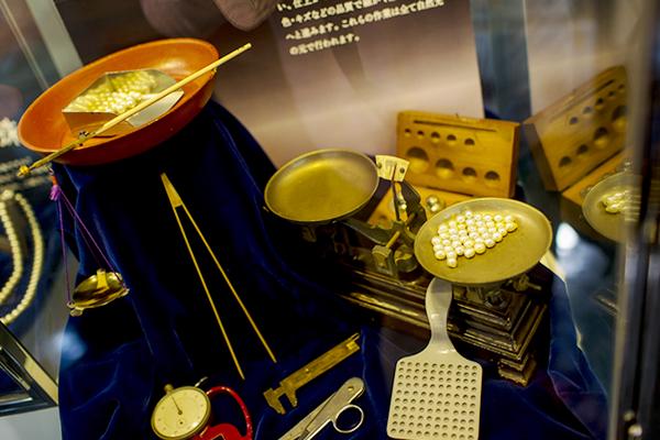 「真珠の街・神戸」日本真珠会館